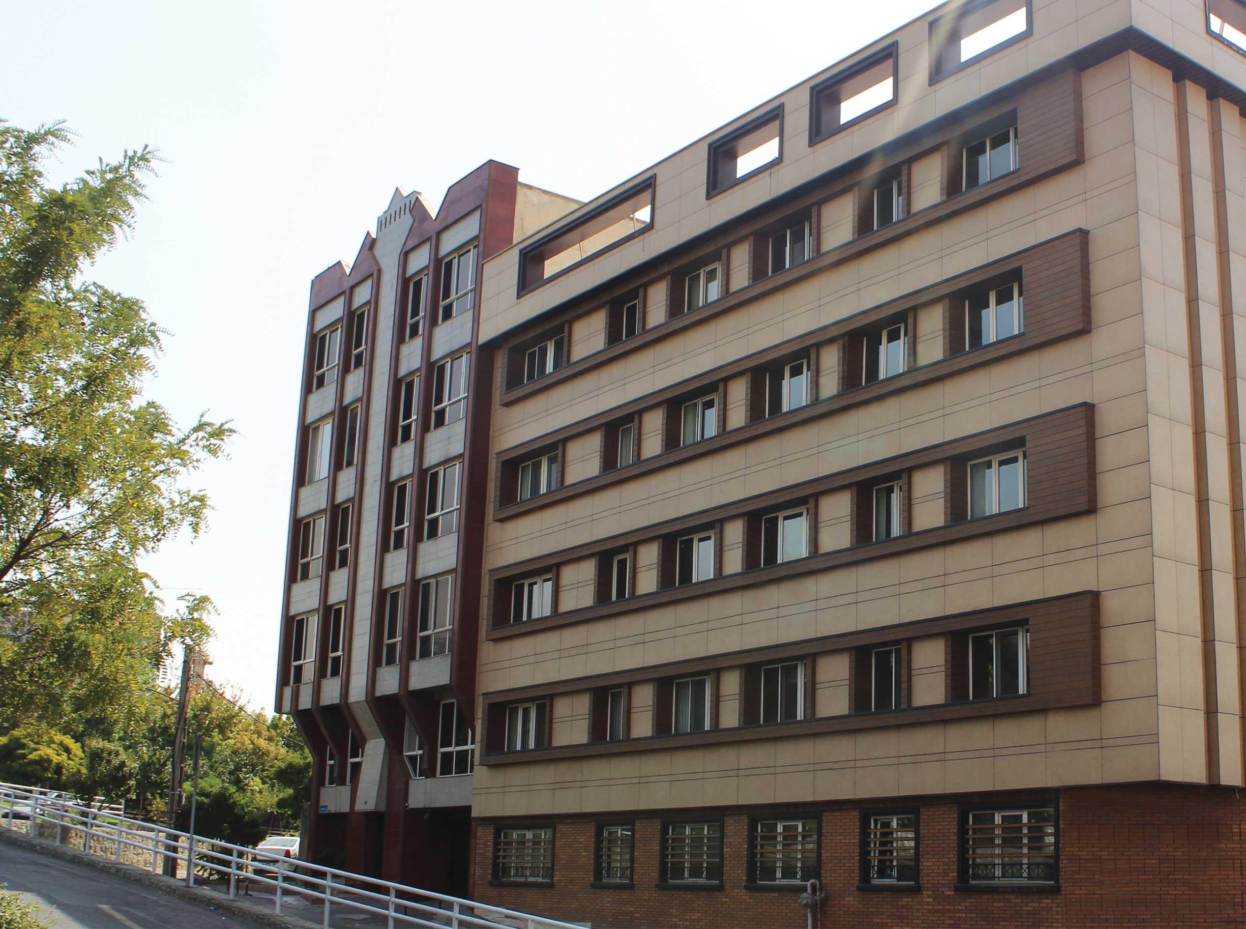 ساختمان مسکونی یوسف آباد